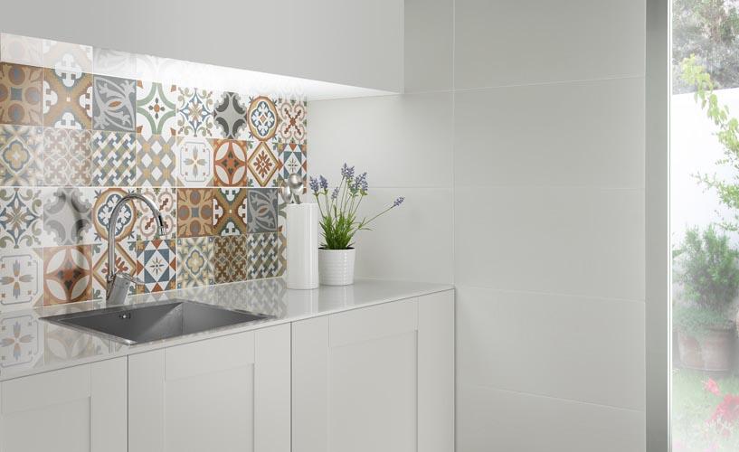 Demasi interior design my bigget passion for Carrelage mural azulejos